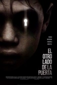 Cartel de El otro lado de la puerta (The Other Side of the Door)