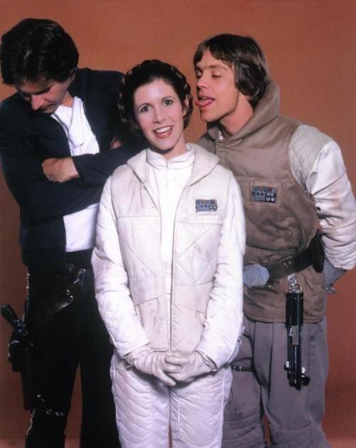 Post -- Star Wars Episodio VII -- 20 de Abril a la venta en BR y DVD - Página 3 32609