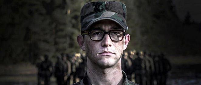 Primer vistazo a Joseph Gordon-Levitt </br>en la pel�cula de Oliver Stone, 'Snowden'
