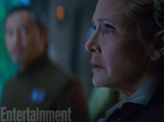 Post -- Star Wars Episodio VII -- 20 de Abril a la venta en BR y DVD - Página 7 77060