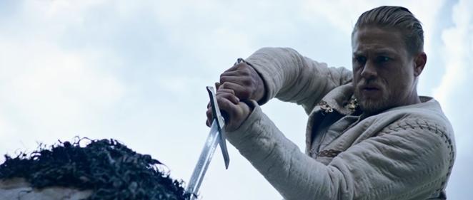 �Primer tr�iler de 'Rey Arturo: La leyenda de la espada'!