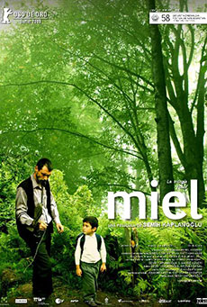 Miel (2010) affiche