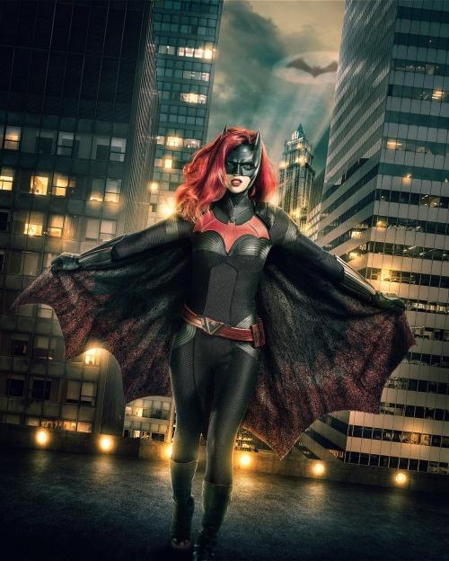 Ruby Rose sera Batwoman,si funciona el piloto,habra serie 100213