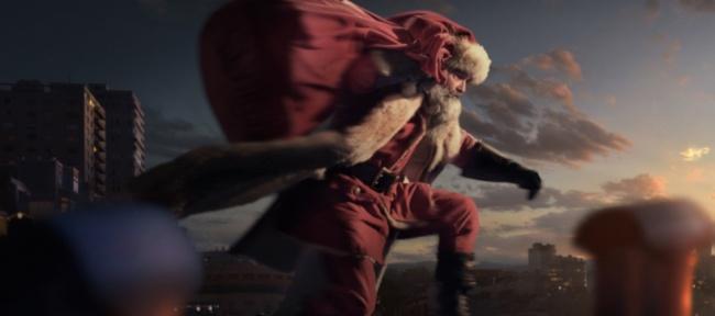 Kurt Russell es Papá Noel en el primer tráiler de 'Crónicas de Navidad'
